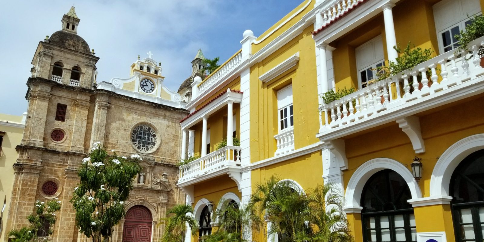Despite our first impression of Cartagena being very costly, it can and should be visited on a budget.